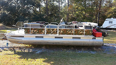 Beachcomber Travis Edition 20' Pontoon Boat for Sale (Camo, Just Restored)