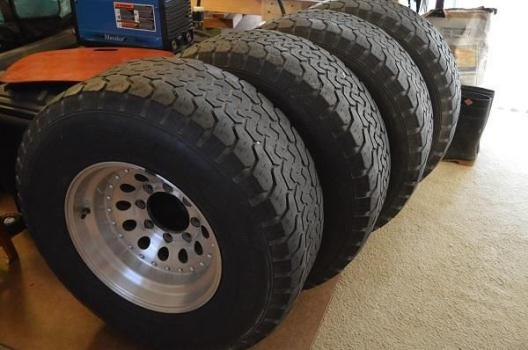 4 Chevy 8 Lug 33x12.5x16.5 Rims And Tires