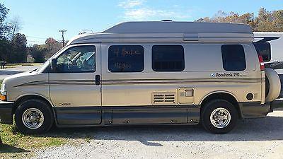 2006 Roadtrek Versatile 190 CB Van