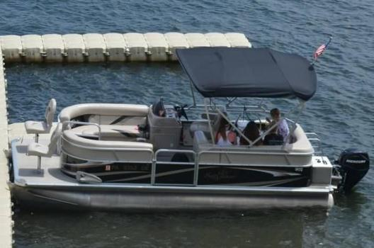 Pontoon Boat 2010 Sun Chaser DS20 25hp Mercury 4 stroke EFI