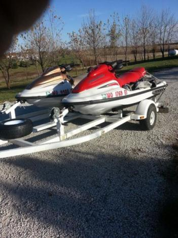 2  POLARIS WAVE RUNNERS WITH TRAILER