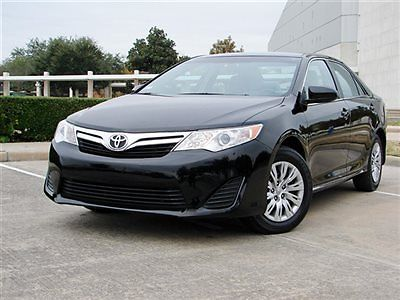 Toyota : Camry 4dr Sedan I4 Automatic LE CAMRY LE,SEDAN,TOUCH SCREEN STEREO SYS,40K MILES,ONE-OWNER,PHONE,RUNS GR8!!
