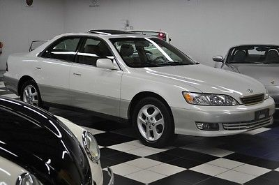 Lexus : ES Base Sedan 4-Door PRISTINE ES300 - LOW MILEAGE - NEW MICHELIN - SUNROOF - ES 300 330 ES330