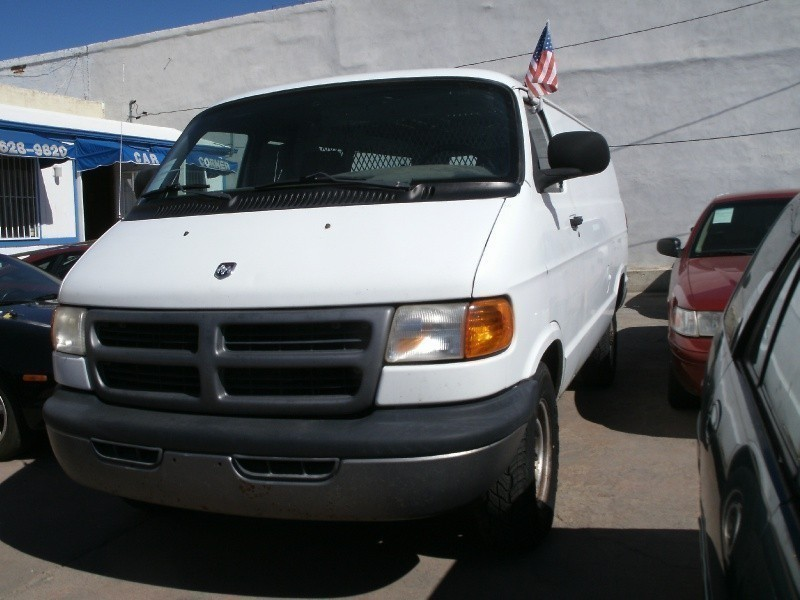 2000 Dodge Ram 3500 Cargo Van  $748 Down Pmt*+Tax,Lic.Plate,Registration & Doc.Fee  @ Car Corner Inc