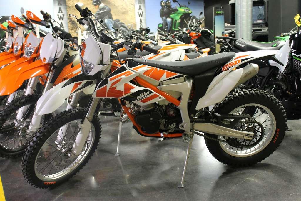 ktm 250 r motorcycles for sale in lexington kentucky. Black Bedroom Furniture Sets. Home Design Ideas
