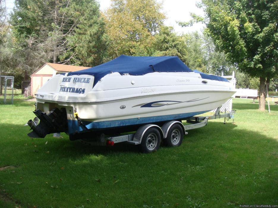 Fish & Ski Deck Boat=Family Fun  2000 Rinker Siesta 243