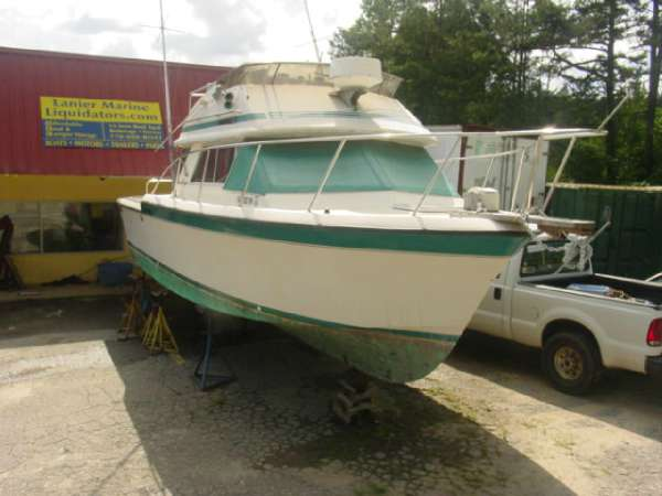 1984  Chris-Craft  315 Commander Twin 2004 Pleasure Craft Marine 5.7 MPI Closed Cooling