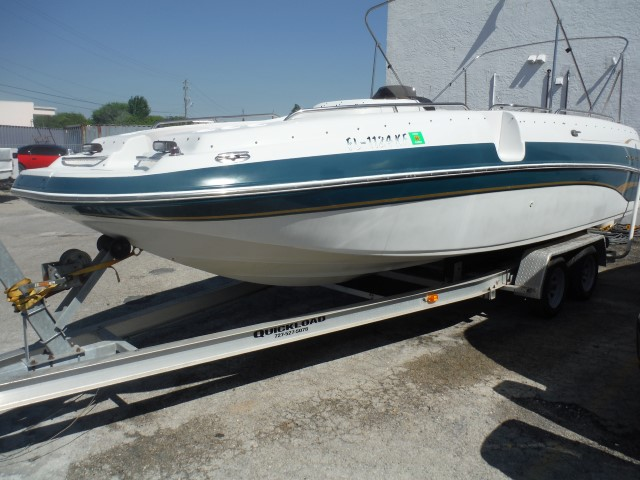 1999 Crownline Boats 238 DB