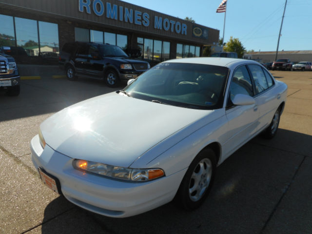 1998 Oldsmobile Intrigue GL Houston, MO