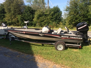 2006 Bass Tracker Pro Team 190TX