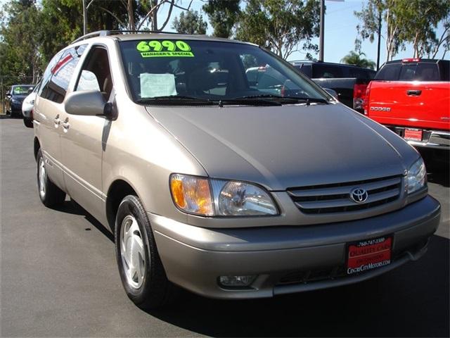 2001 Toyota Sienna XLE Escondido, CA