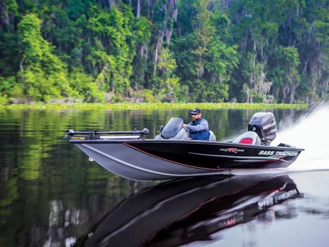 2015 TRACKER BOATS Bass & Panfish Mod V Pro Team 190 TX