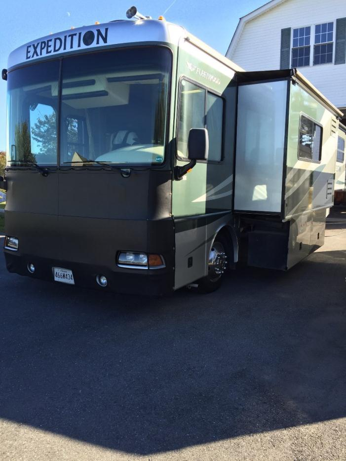 2002 Fleetwood Flair 30H