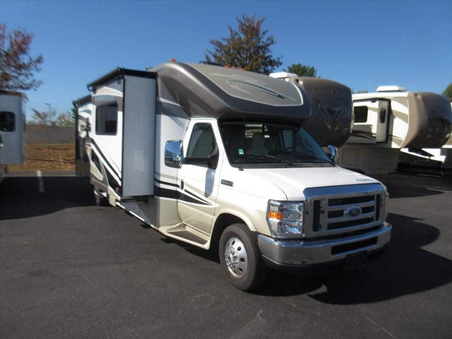 2010 Winnebago Vista 30W