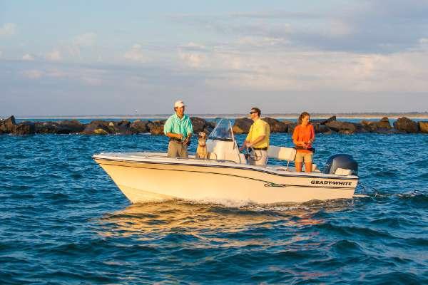 2016 Grady-White Fisherman 180