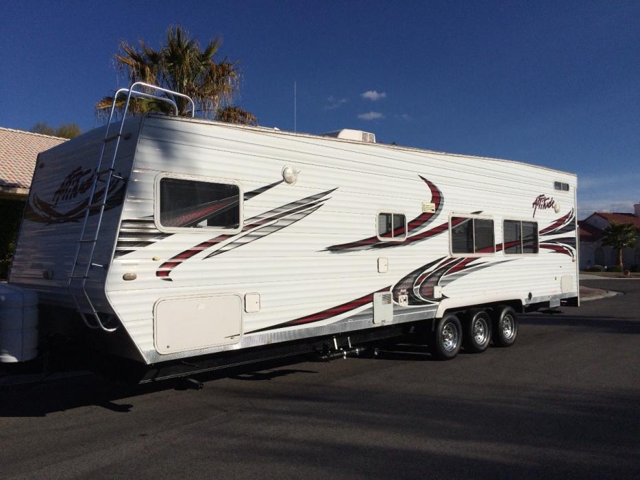2009 Eclipse Recreational Vehicles Attitude 24FS