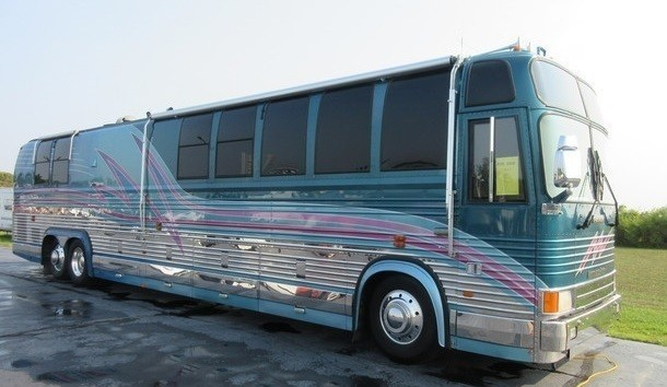 1996 Prevost Country Coach