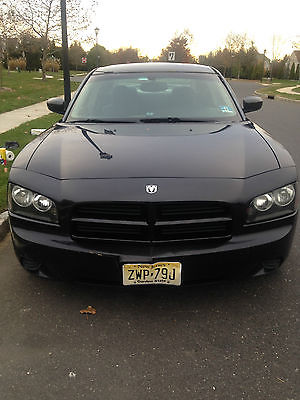 Dodge : Charger Base Sedan 4-Door Black Dodge Charger  Low profile rims and tires with spoiler on trunk