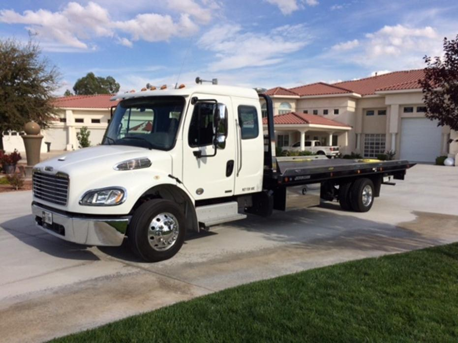 Dan Cummins Used Cars >> 2012 Freightliner Business Class M2 106 Cars for sale