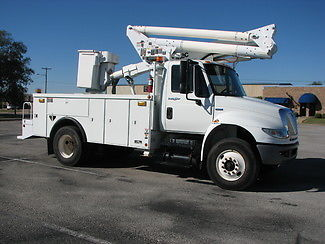 International Harvester : Other Bucket Truck Altec TA45 2009 white bucket truck altec ta 45
