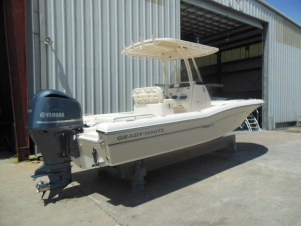 2015 Grady-White Coastal Explorer 251