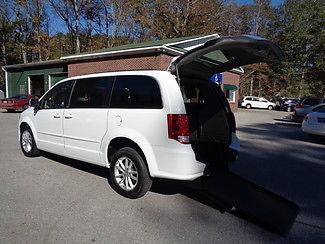Dodge : Caravan SXT HANDICAP WHEELCHAIR ACCESSIBLE VAN 2014 white sxt handicap wheelchair accessible van