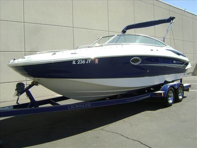 2005 Crownline Deck Boat 240 EX