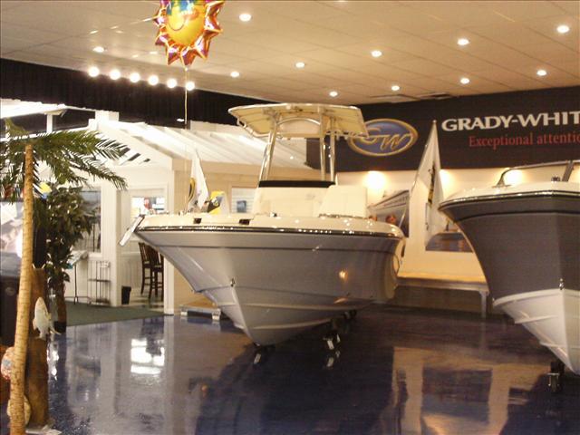 2015 Grady-White Coastal Explorer 251 CE