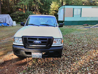 Ford : Ranger XL Standard cab long bed