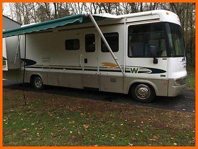 2002 Winnebago Brave 32V 32' Class A RV V-10 Gasoline 2 Slides W/ TOW VEHICLE