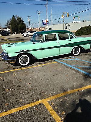 Pontiac : Other Two tone green 1957 pontiac chieftan v 8 4 door
