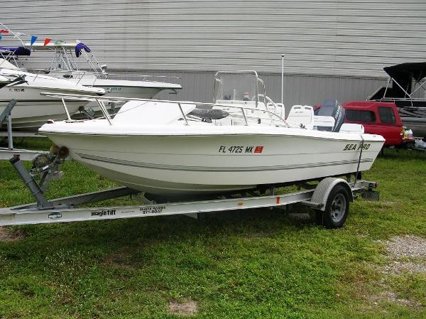 2004 Sea Pro 180 Center Console