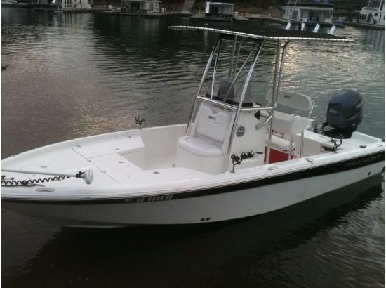 2010 Sea Hunt XP 21