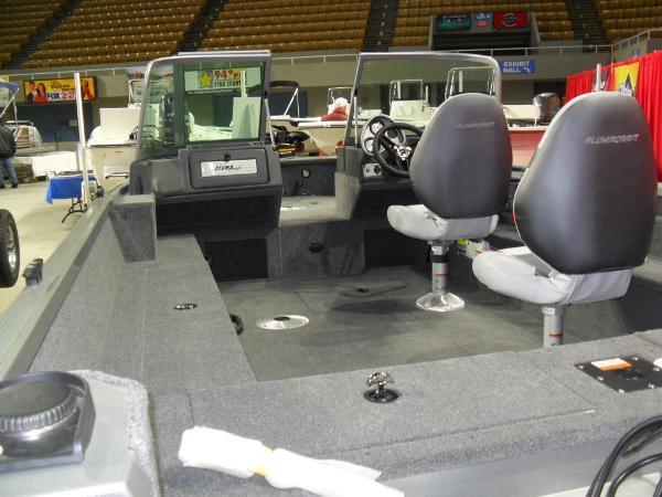 2015 Alumacraft 175 Voyager