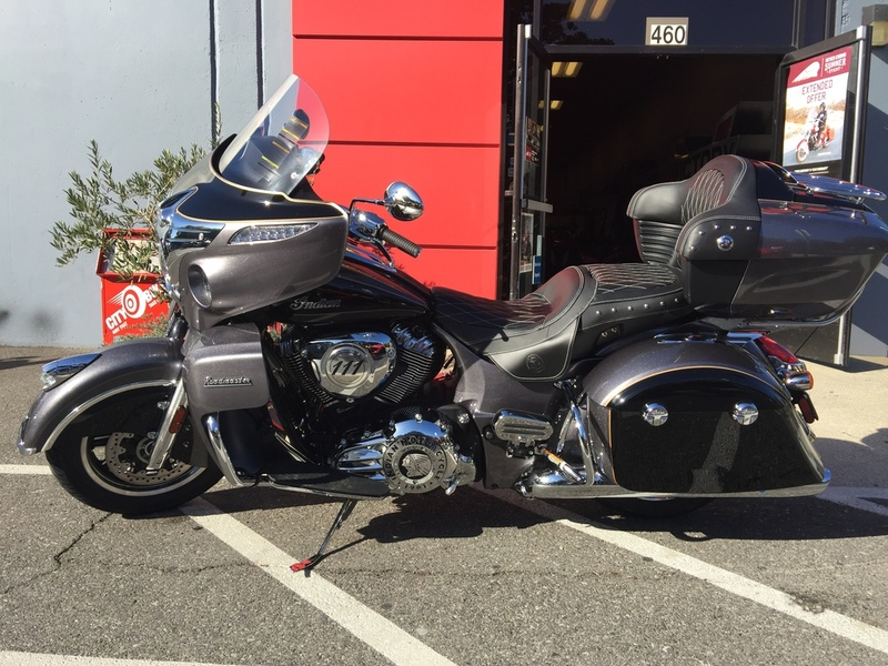 Indian Roadmaster Steel Gray And Thunder Black Motorcycles For Sale