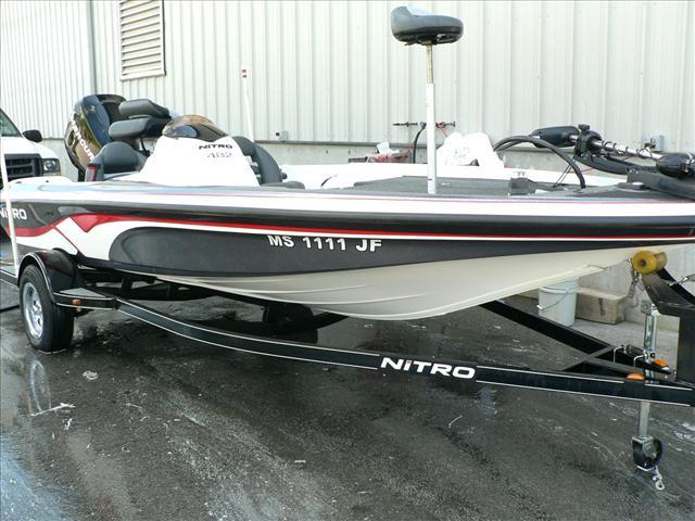 2007 Nitro 482