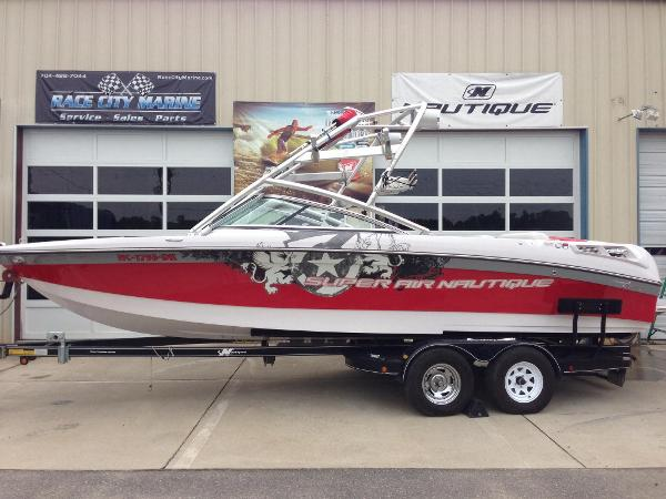 2008 Nautique Super Air 230
