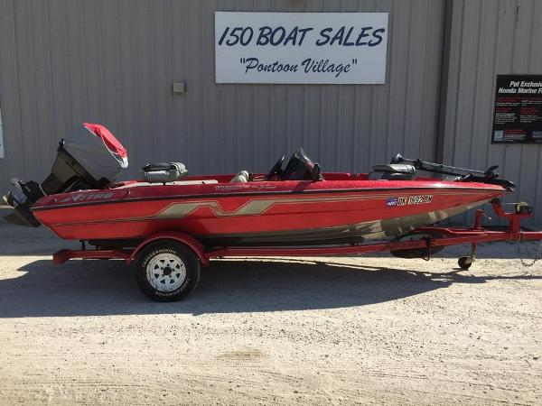 1995 Nitro 170TF Bass Boat