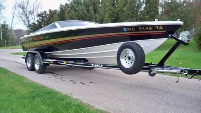 Donzi 22 Black Hawk Boats for sale