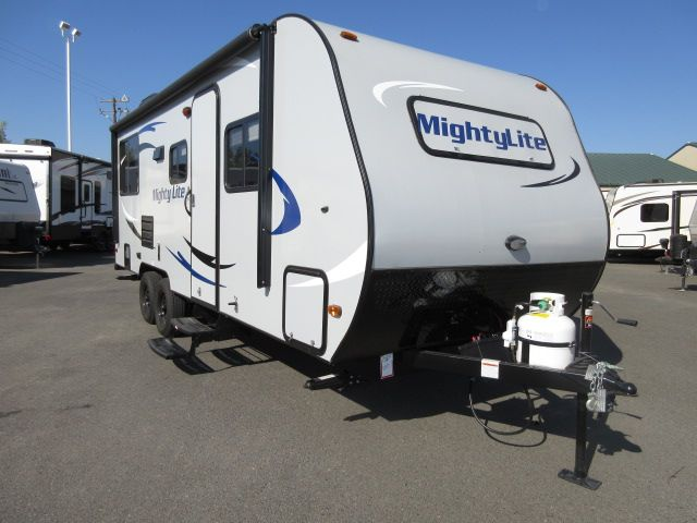 2016 Pacific Coachworks Mighty Lite 20RLS Dry Weight 3600LB