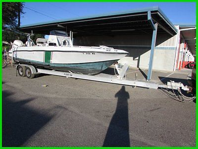 2005 Donzi 260 CENTER CONSOLE  WITH TWIN 2012 EVINRUDE 250HP BEST OFFER