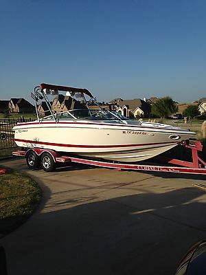 2001 COBALT 226 BOAT / FACTORY WAKEBOARD TOWER / WITH PERFECT PASS