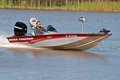 BASS TRACKER PRO TEAM 175 *HD PICS* ONLY 50 HOURS