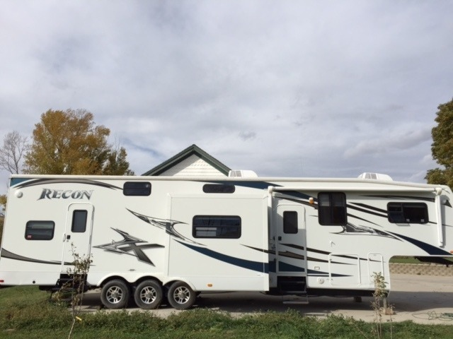 2003 Jayco GRANITE RIDGE 3100SS ALL NEW EXTERIOR STRIPES!