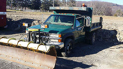 Chevrolet : C/K Pickup 3500 1996 chevrolet cheyenne 3500 with 8 plow and heavy duty fisher spreader
