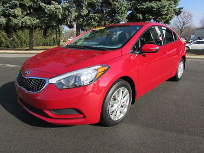 Kia : Forte 4dr Sedan Automatic LX 4 dr sedan automatic lx low miles automatic gasoline 1.8 l 4 cyl red