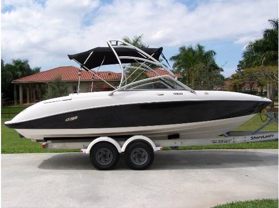 Yamaha ar230 ski boat boats for sale for Yamaha ar230 boat cover