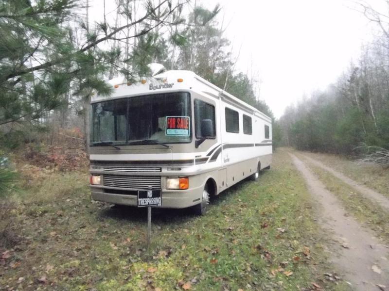 1999 Fleetwood Bounder For Sale in Hayward, Wisconsin 54843