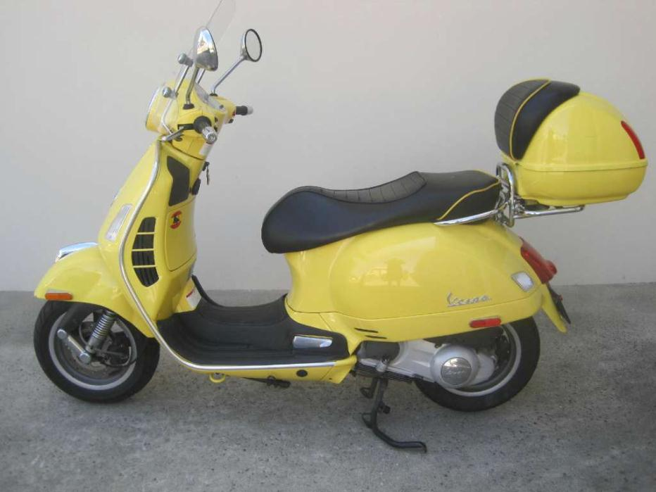 vespa gts 250 motorcycles for sale in escondido california. Black Bedroom Furniture Sets. Home Design Ideas