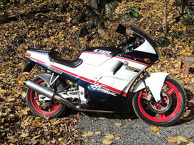 Honda : Other RARE 1988 CBR250R 4 CYLINDER GEAR DRIVE DOHC 18,000 RPM RED LINE LOW MILEAGE !